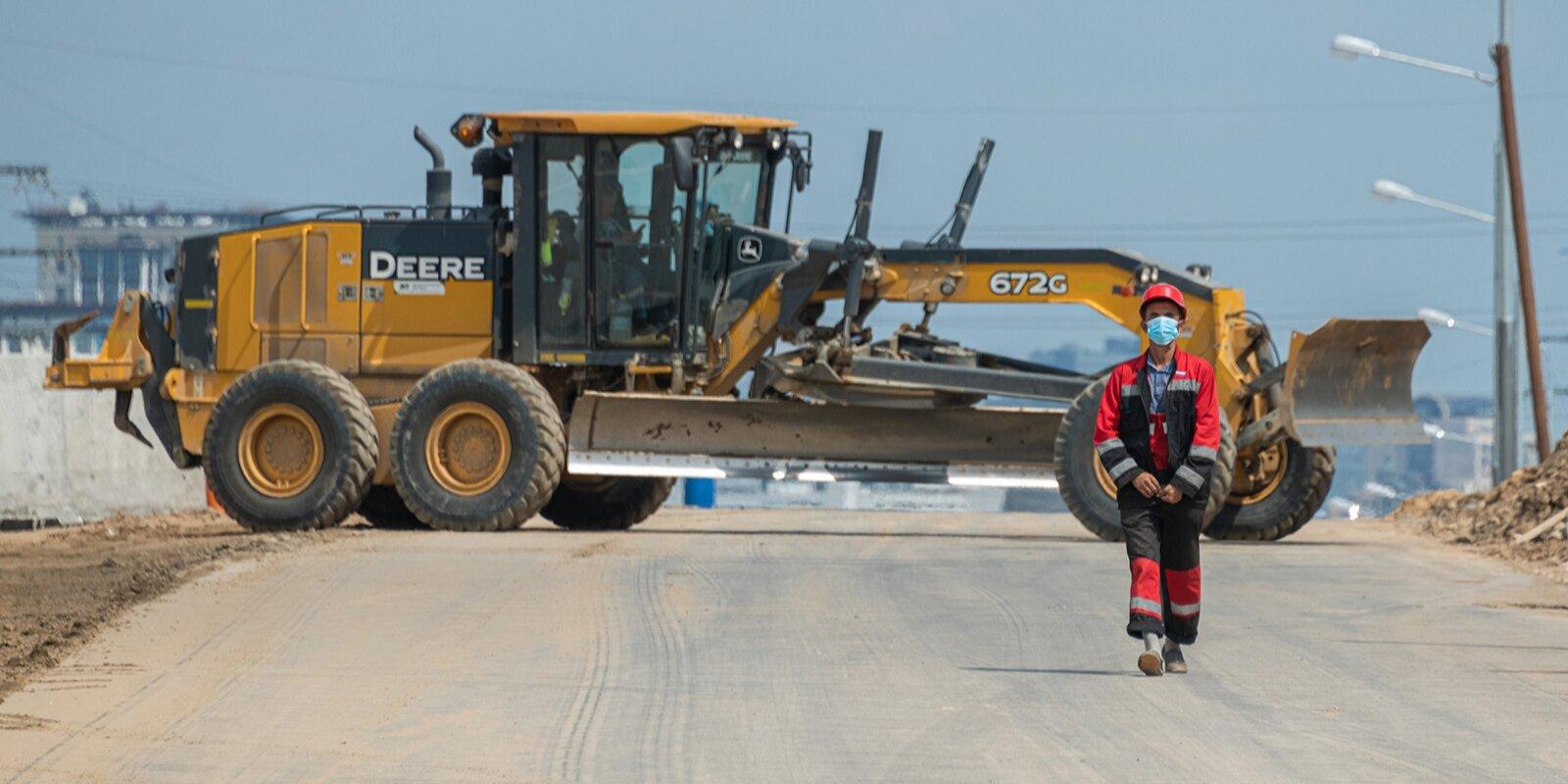 В Троицке продолжили строительство и ремонт дорог