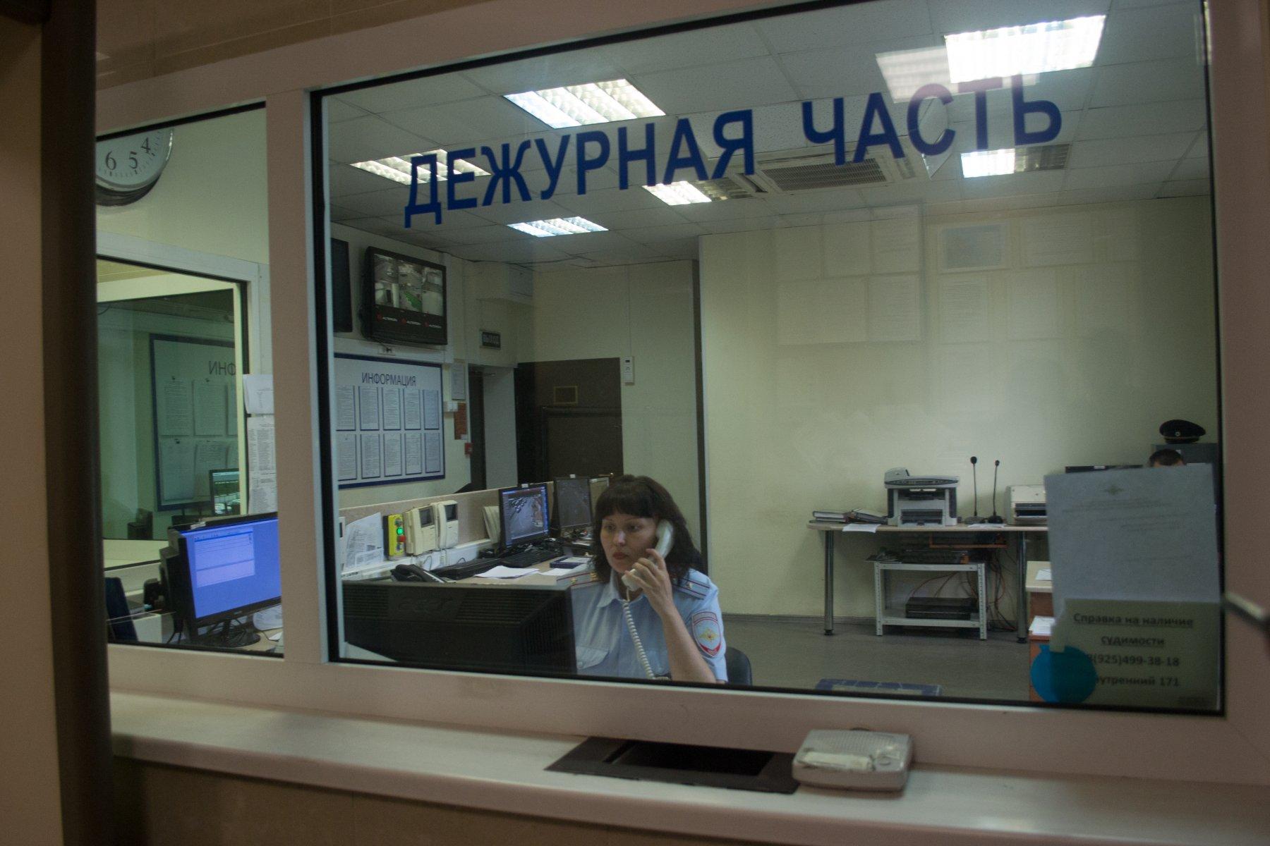 В Москве охранник школы сообщил о заложенной бомбе, желая похвалы от начальства